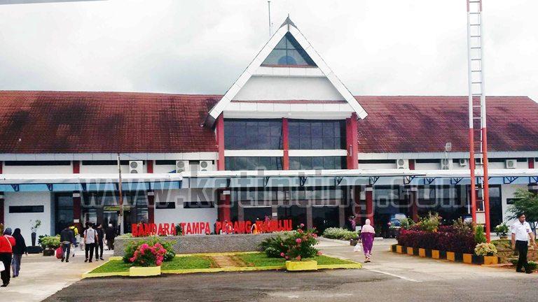 Bandara Tampa Padang