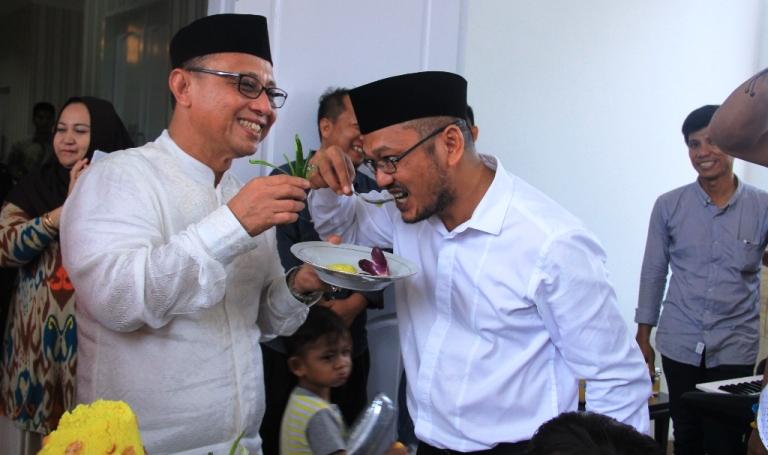 Bupati Habsi Wahid bersama Wakil Bupati Mamuju H Irwan Pababari