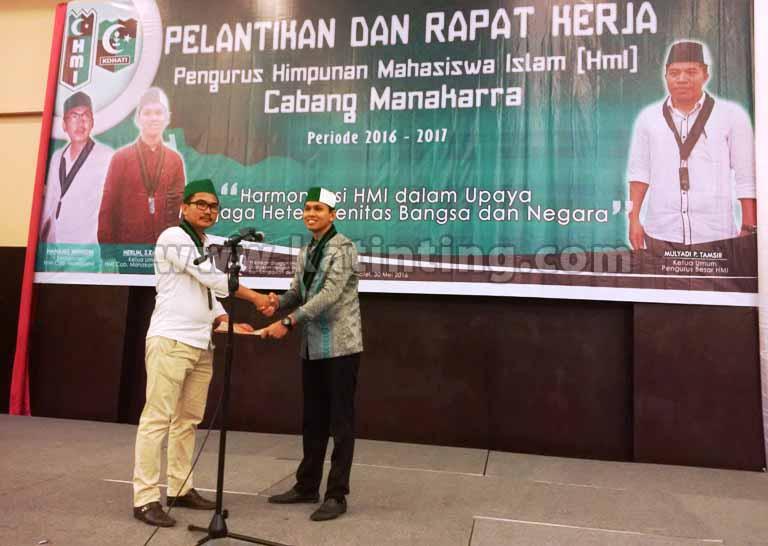 serah terima jabatan/administrasi Ketua cabang demisioner Nanang Wahidin ke ketua baru dilantik Herlin