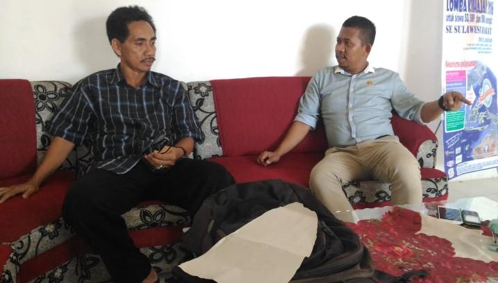 Ikram Ibrahim saatmemantau penerimaan siswa baru di SMA Negeri 1 Mamuju