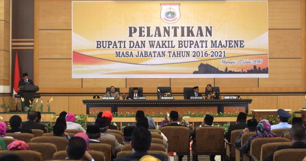 Gubernur Sulbar saat memberikan sambutan pada acara pelantikan pasangan Bupati dan Wakil Bupati Majene