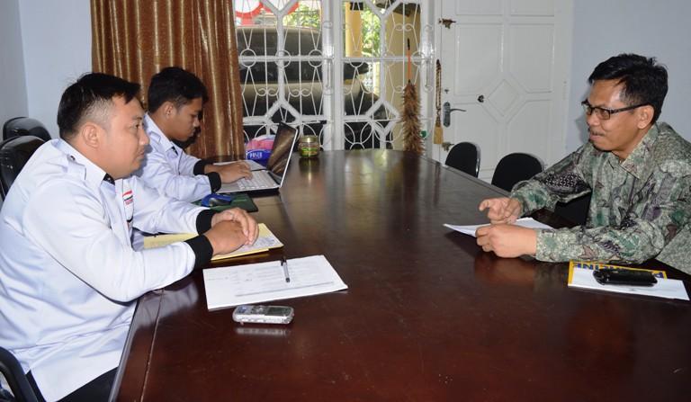 Syaifuudin, A. Ptnh. Kepala Badan Pertanahan Kab. Mamuju Utara, koordinasi dengan Asisten Ombudsman Sulbar Sukriadi Azis